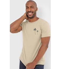 camiseta osklen estampada bege - bege - masculino - algodã£o - dafiti