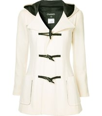 chanel pre-owned hooded duffle coat - white