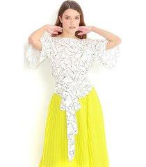 blusa estampada, cuello redondo, manga corta, cinturón anudado a la cintura color-multicolor-talla-xs