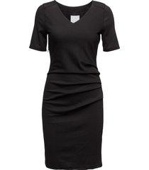 india v-neck ½ sleeve knälång klänning svart kaffe