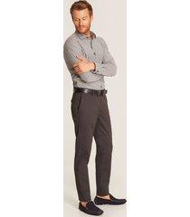 pantalon oscuro gris 32