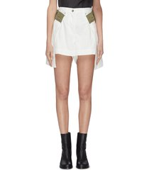contrast belt loop pleated denim shorts