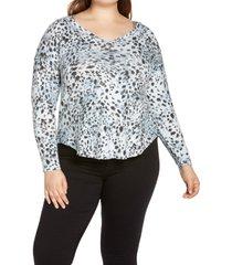 plus size women's bobeau sami camo v-neck top, size 1x - blue