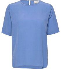 tonga silk ss t-shirt t-shirts & tops short-sleeved blauw second female