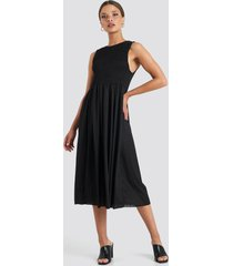trendyol guipure shirred midi dress - black