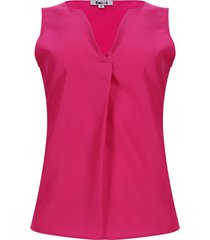blusa con prense fucsia color rosado, talla 14