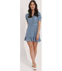 na-kd belted puff sleeve mini dress - blue