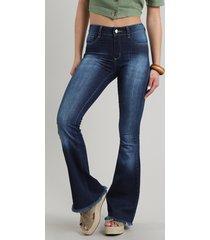 calça jeans feminina sawary flare barra desfiada azul escuro