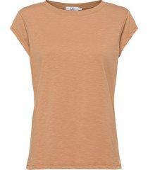 cc heart basic t-shirt t-shirts & tops short-sleeved brun coster copenhagen