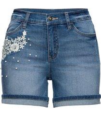 shorts di jeans con applicazioni (blu) - bodyflirt