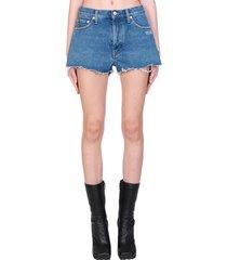 off-white denim short shorts in blue denim