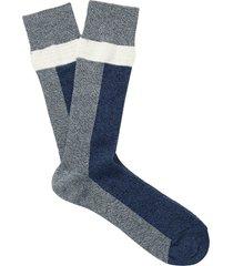 n/a necessary anywhere short socks