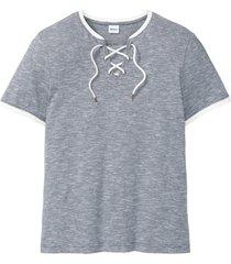 t-shirt med snörning