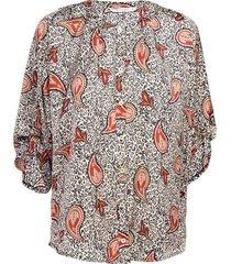 blouse paisley print