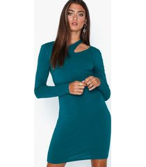nly trend cut out dress fodralklänningar