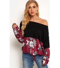 estampado floral rojo al azar one blusa de costura de manga larga con hombros descubiertos