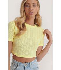 na-kd croppad, ribbad t-shirt med struktur - yellow