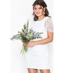 nly eve frill puff lace dress loose fit