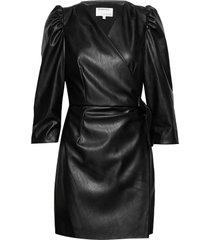 leather free leather wrap dress knälång klänning svart designers, remix