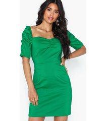 glamorous short sleeve dress festklänningar