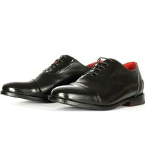 zapato cuero purasangre low negro bestias