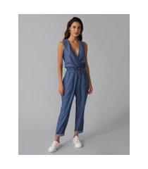 amaro feminino macacão jeans com decote transpassado, azul