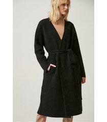 czarny płaszcz wełniany z włosem lisa