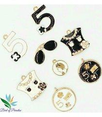 2/5/mix 8 pcs charms bracelets pendant medallion camellia blouse diy wholesale