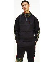 tommy hilfiger men's organic cotton colorblock camo hoodie black / camo - s