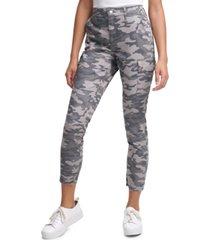 calvin klein jeans camo-print skinny cargo pants