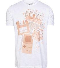 camiseta masculina ícones anos 90branco