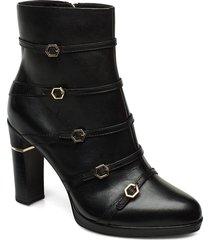 woms boots shoes boots ankle boots ankle boots with heel svart tamaris heart & sole