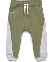 gerry - jogging trousers byxor grön hust & claire