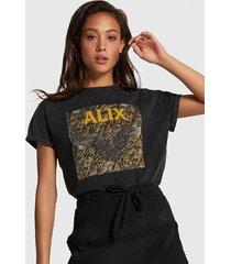 alix 203892593 ladies knitted boxy eagle t-shirt. zwart