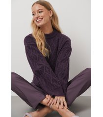 kristin rödin x na-kd cropped cable knitted sweater - purple