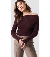 na-kd knitted frill off shoulder sweater - red