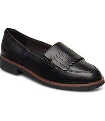 griffin kilt loafers låga skor svart clarks