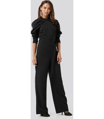 na-kd party gathered sleeve jumpsuit - black