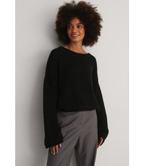 na-kd cropped boat neck knitted sweater - black