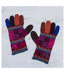 100% alpaca gloves, 'andean tradition in magenta' (peru)
