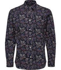 nigel shirt selected