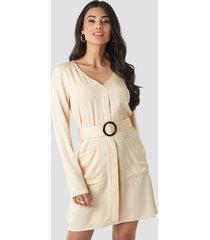 na-kd belted long sleeve dress - beige,nude