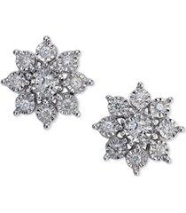 diamond flower earrings (1/2 ct. t.w.)in 10k white gold