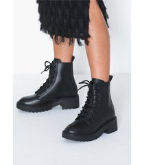 svea leather boot flat boots