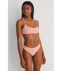 marije zuurveld x na-kd högt skuren bikinitrosa - pink