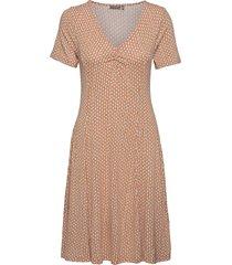 framdot 5 dress knälång klänning röd fransa