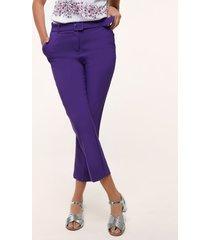 pantalón con bolsillos diagonales bota recta unicolor morado 6
