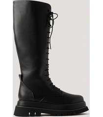 na-kd shoes chunky boots med snörning i vaden - black