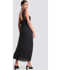 na-kd party thin strap lace back dress - black