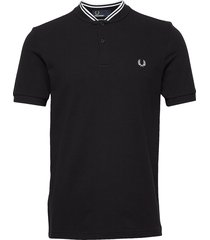 bomber collar pique t-shirts short-sleeved svart fred perry
